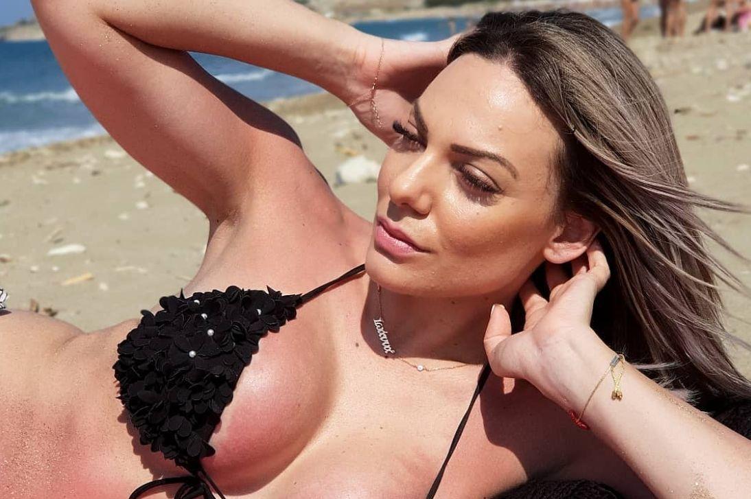 Ιωάννα Μαλέσκου, η πιο σέξι παρουσιάστρια της Κρήτης – Γαργαλιάνοι ...