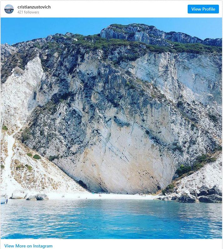 Αυτή η εικόνα δεν έχει ιδιότητα alt. Το όνομα του αρχείου είναι Screenshot_2021-06-04-Ο-τελευταίος-ανέγγιχτος-παράδεισος-της-Ελλάδας-Το-άγνωστο-νησάκι-του-Ιονίου-που-έχει-πάντα-ήλιο1.jpg